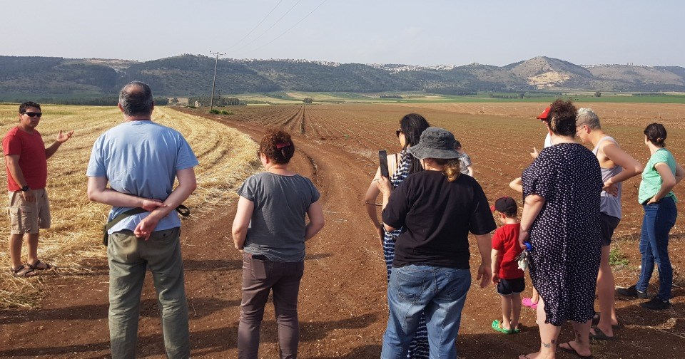 Agricultural Tour - Holiday Village Kibbutz Mizra