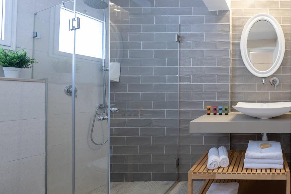 Superior Room Bathroom - Holiday Village Kibbutz M